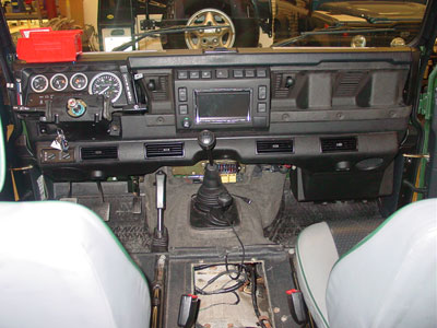 land rover defender v8 wiring diagram    land       rover    owner     view topic    defender    90 td5 stereo fitting     land       rover    owner     view topic    defender    90 td5 stereo fitting