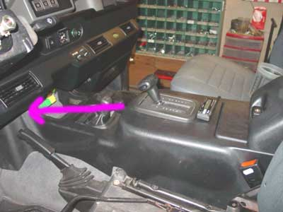 defender led flasher install white land rover to install the flasher relay in a 1997 nas defender 90 is more complicated due to the automatic center console land rover made it a real pain in the butt