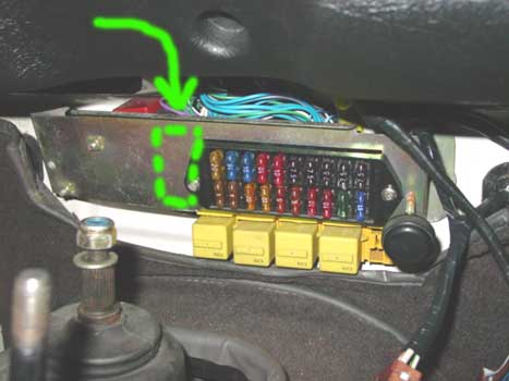 defender led flasher install rh eastcoastrover com land rover 110 fuse box diagram land rover defender fuse box upgrade